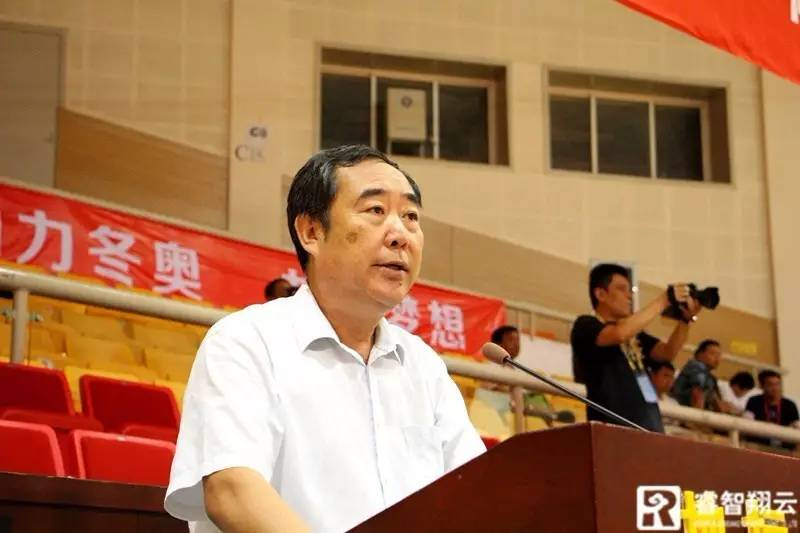 北京市社会体育管理中心主任曹金亮致开幕辞.jpg